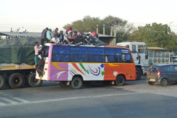 Bus in Agra.jpg