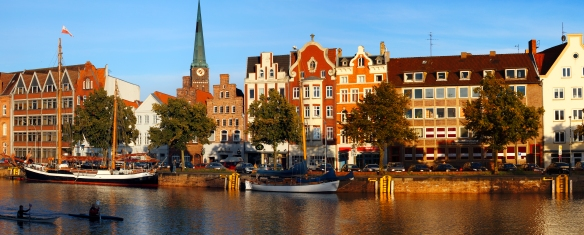Lubeck.The_view_to_the_river_Trave_the_Old_Town_from_the_east.jpg